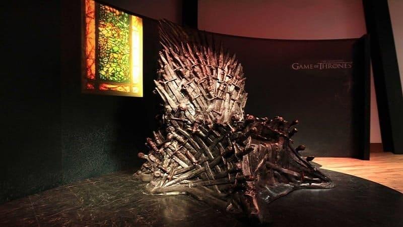 Постер Игра престолов: Наследие - декорации сериала превратят в достопримечательности